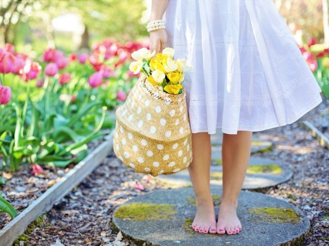 A holistic guide to spring cleaning