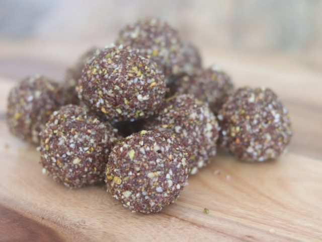Cacao + peppermint bliss balls