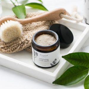 B inspired exfoliating scrub mask